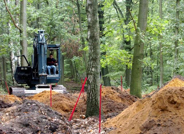 De opgravingen in het Bois de la Houssière.