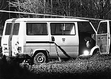 De beschoten combi Luc De Lauw en André Deryck na de schietpartij.